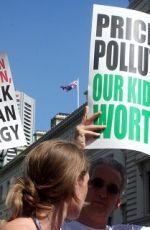 【轉載】名人真心話2》政府紓困高污染、高碳產業爭議大 周桂田:應對企業附加綠色條款